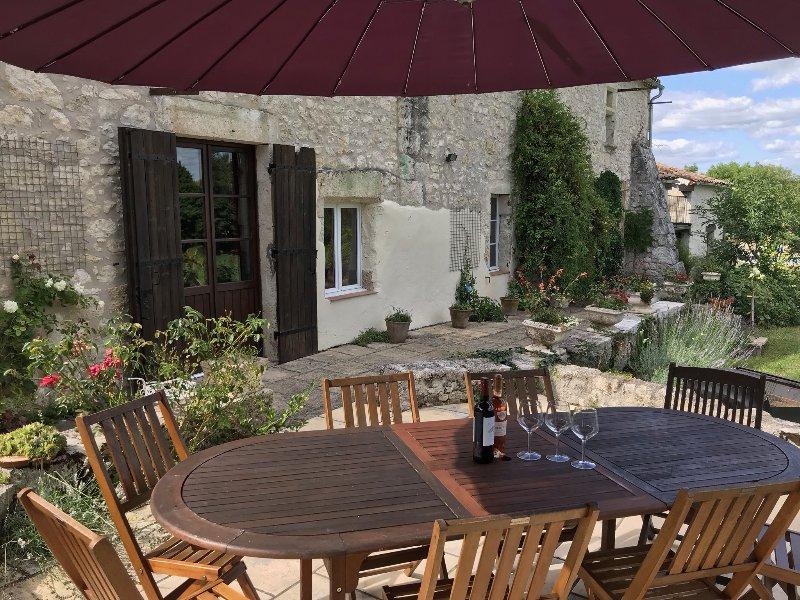 Les Gîtes de Guillegorce, vacation rental in Lot-et-Garonne