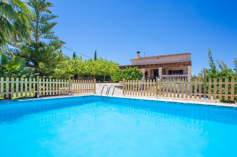 SON MIERES - Villa for 5 people in PETRA, location de vacances à Petra