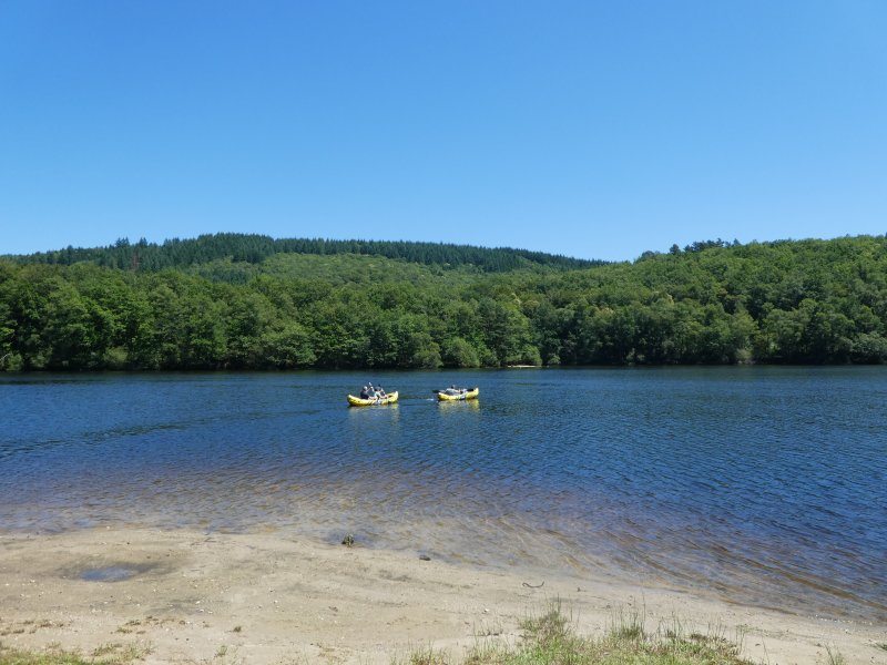 Rouffiac Lake - 5 mins away for swimming and all watersports