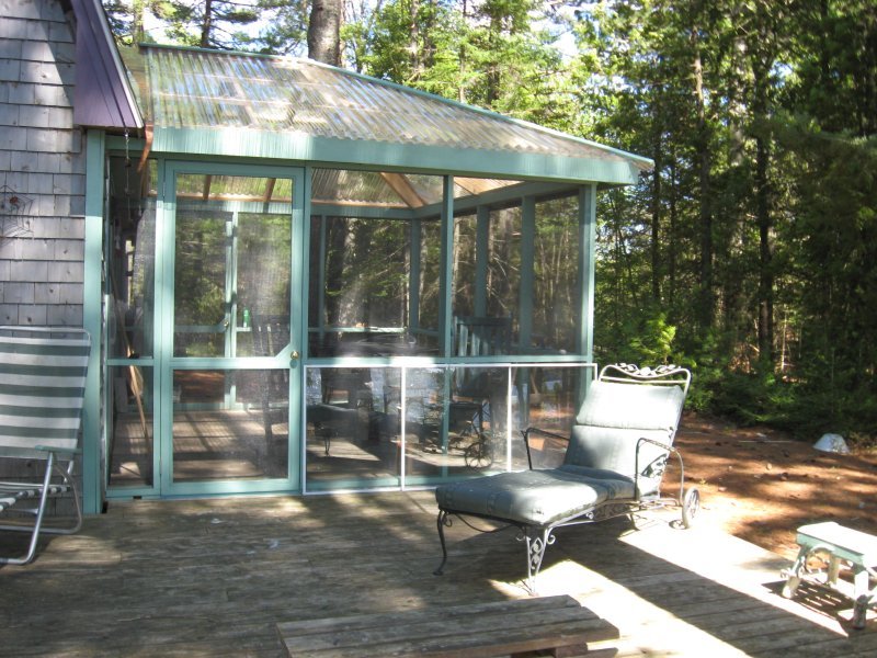 Tranquil Lakeside Cottage near Acadia, vacation rental in Aurora