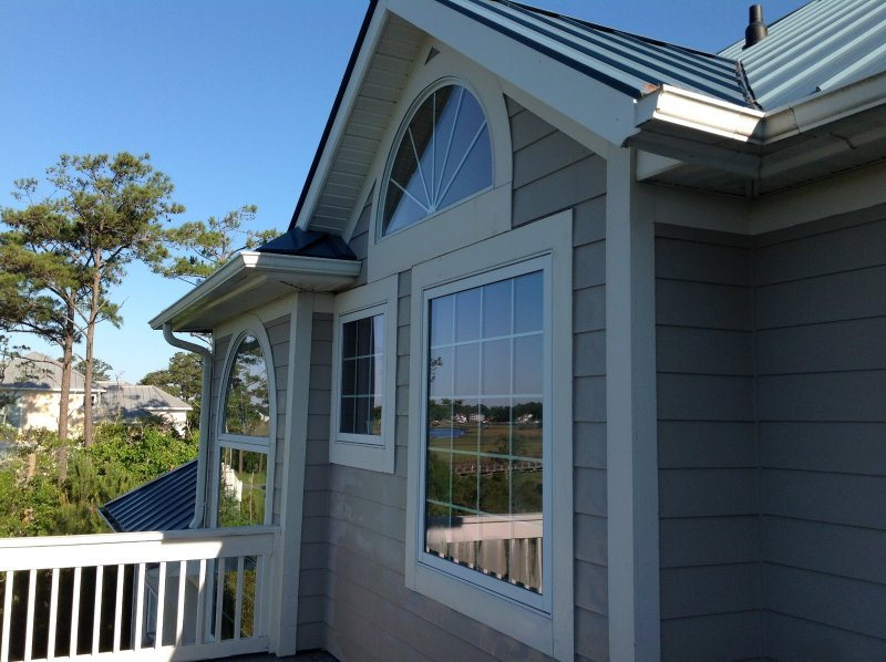 ICW Luxury Custom Built Home, holiday rental in Long Beach
