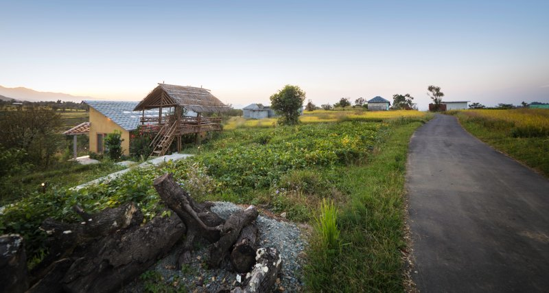 Seclude Red Cedar Cottage, holiday rental in Chogan