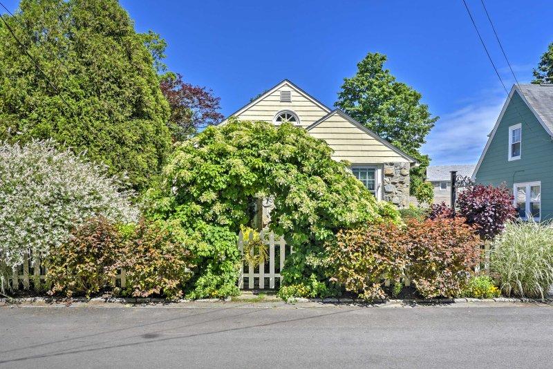 Questo fantastico cottage è stato presentato in 3 riviste di Newport.