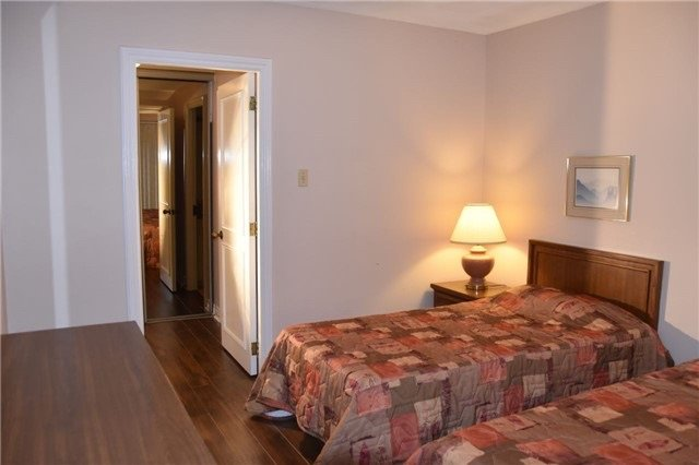 2 bedrooms with 2 bathrooms