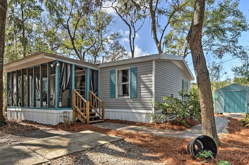 Relax, refresh, and renew yourself at 'The Lodge at Colonel's Island,' a vacation rental cottage in Midway!