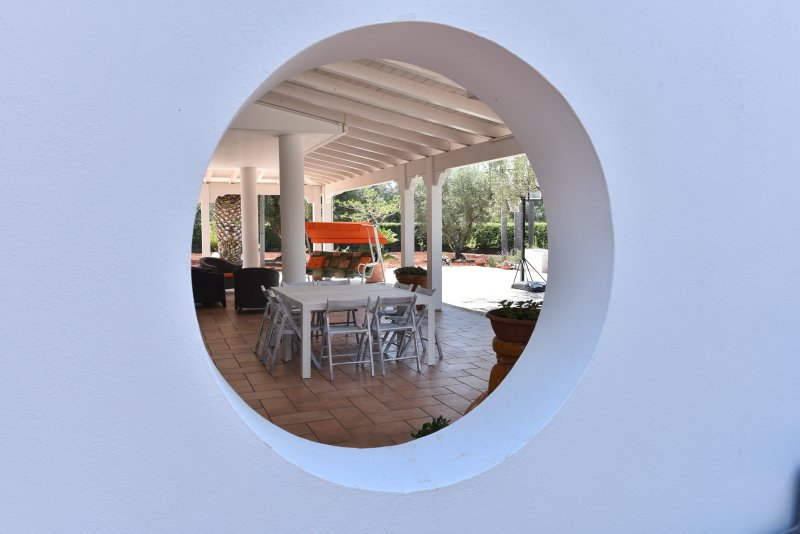 Relaxing or al fresco dining on the spacious patio