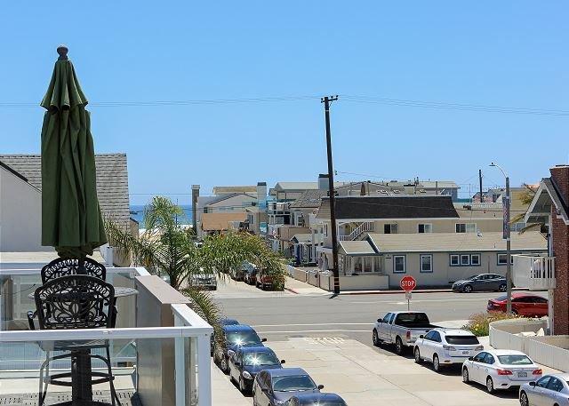Con vista al mar desde la cubierta del tejado