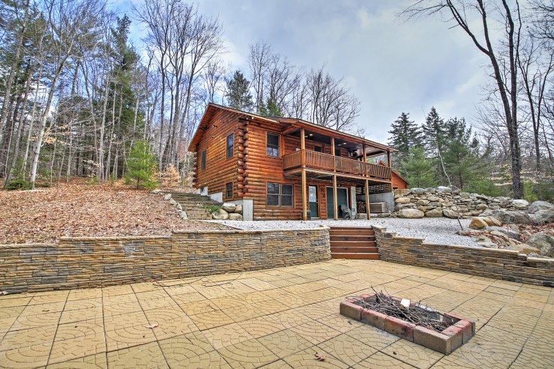 3br north conway log cabin w private hot tub has skiing property rh tripadvisor com