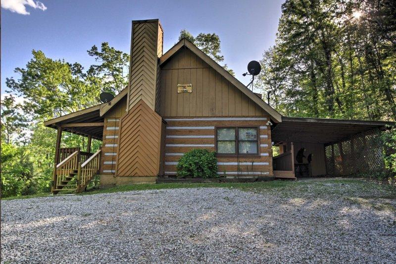 A cabine tem 1.872 pés quadrados com capacidade para acomodar confortavelmente 6.