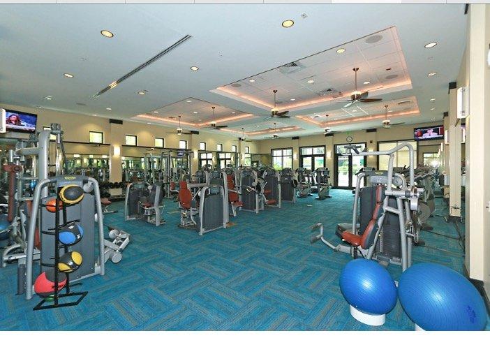 Haz ejercicio en este gimnasio de 5000 pies cuadrados