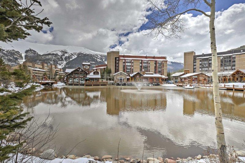Este condominio está convenientemente ubicado en el centro del Copper Mountain Resort.