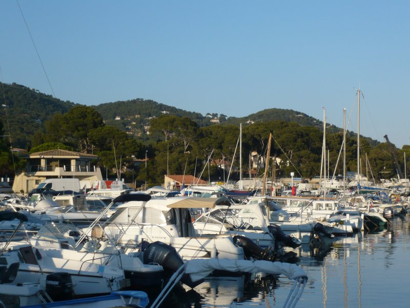 The small port of Carqueiranne
