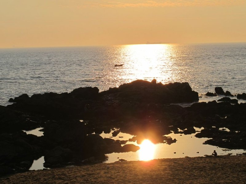 Don't miss the sunset at one of the beaches in the Foz district!