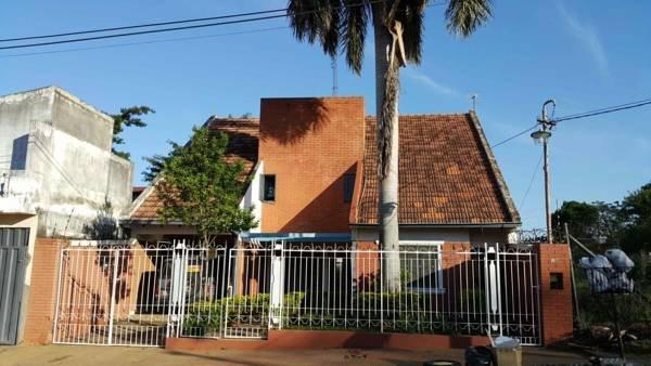 Residencia en Lambare-Paraguay, alquiler de vacaciones en Paraguay