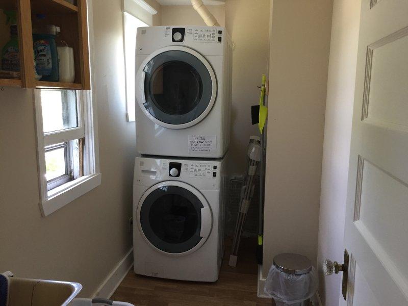New washer dryer on main floor