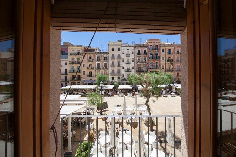 El Faro Apartaments Tarragona,Casco histórico,Plz Ayuntamiento, location de vacances à Tarragone