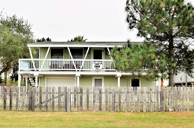 Building, Cottage, Fir, Tree, Deck
