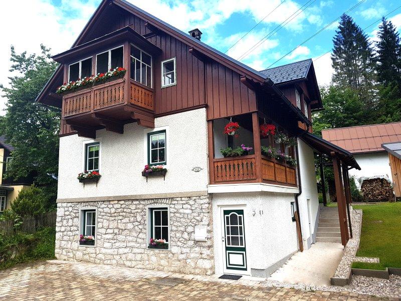 Ferienwohnung Ausseerland - willkommen bei Freunden!, vacation rental in Altaussee