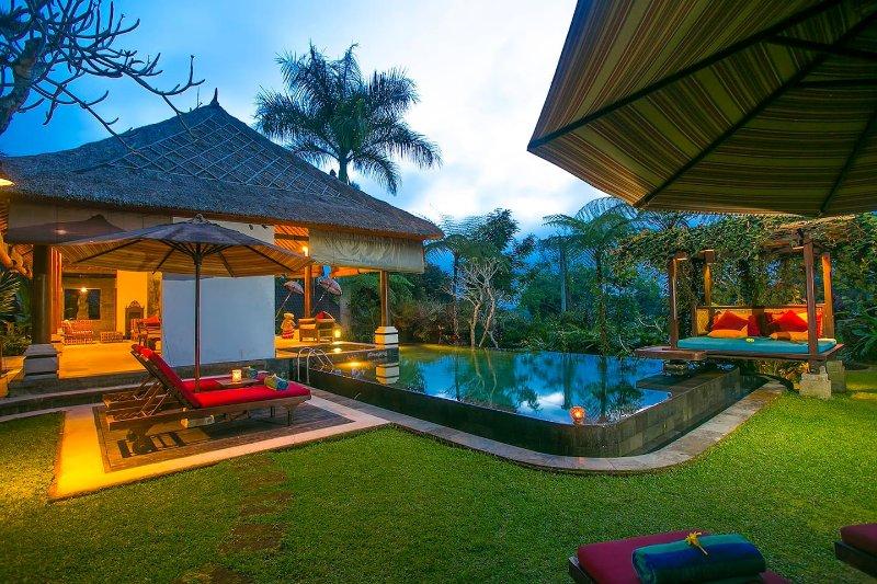 Villa Near Ubud - Kayla Bali Villa, holiday rental in Samplangan
