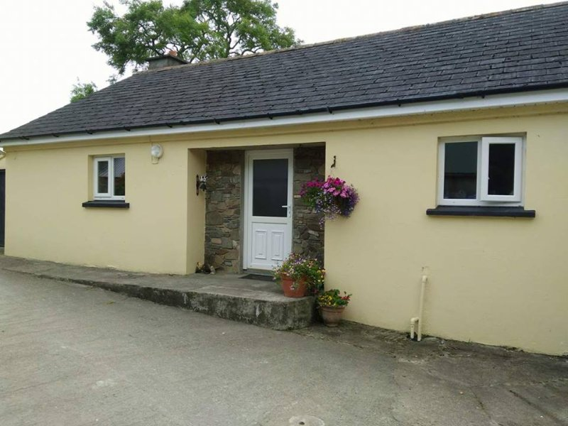 Kayes Cottage, holiday rental in Drimoleague