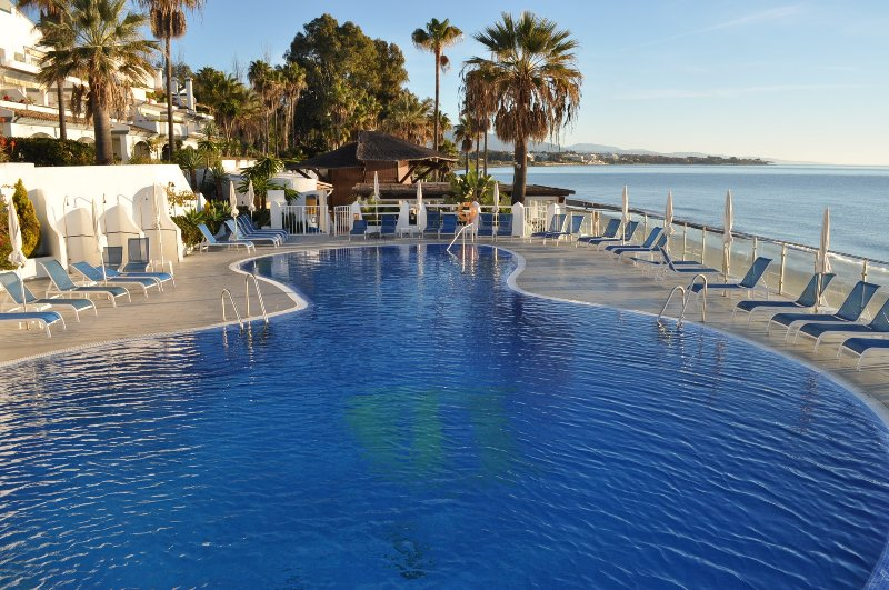 Strand-Pool