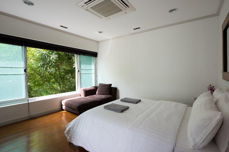 First floor bedroom 3  garden view