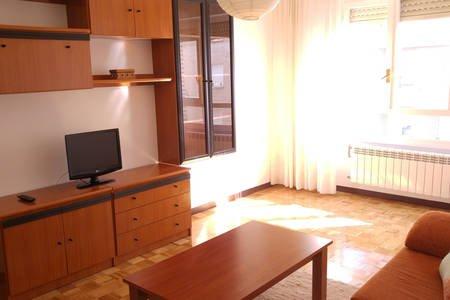 Apartamento céntrico en Vitoria, alquiler de vacaciones en Manurga