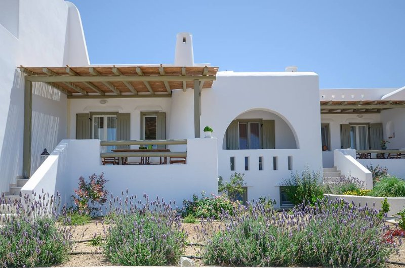 3BR Villa Levante Naxos, location de vacances à Moutsouna