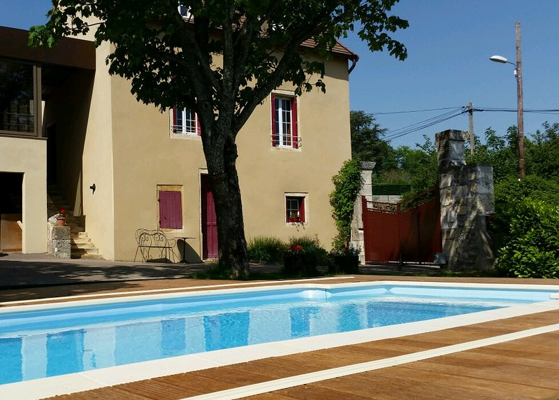 Les Coteaux du Thil - Bourgogne du Sud - CHENOVES, holiday rental in Saint-Ythaire