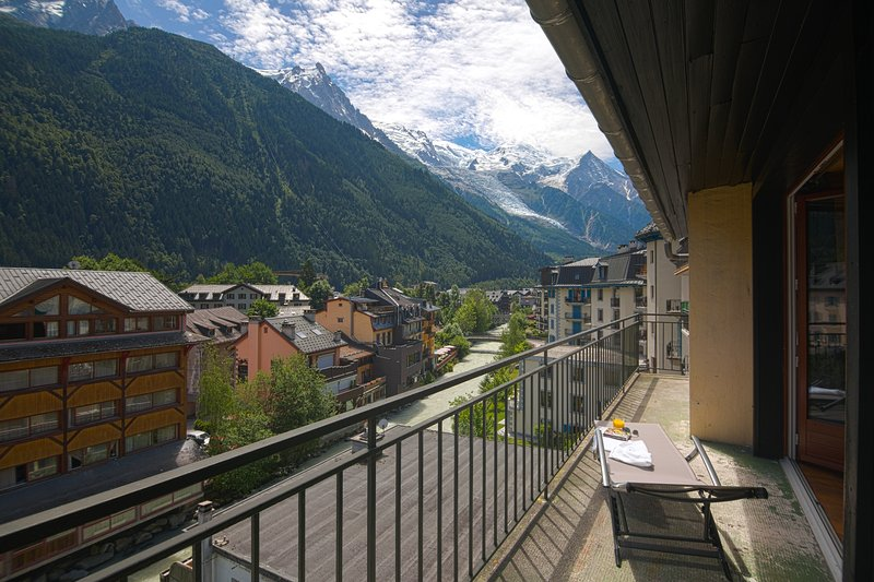 Balcony with view on Mont Blanc