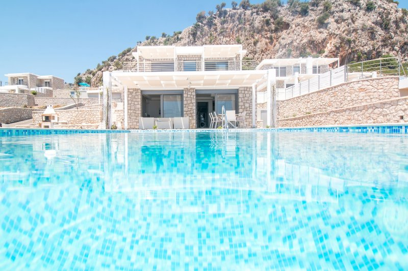 Gregorys Luxury Villa, holiday rental in Afandou