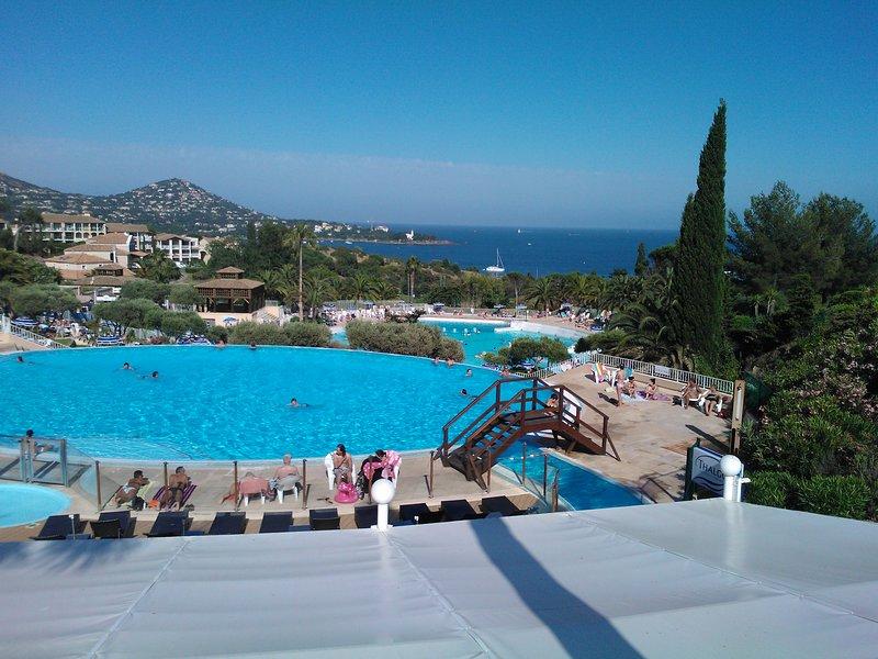 Cap Esterel 4/5 people Sea View + WiFi + Parking + Leisure Card including