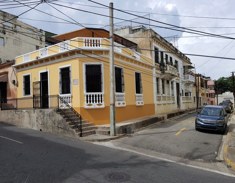 Charming Old City Corner House., vacation rental in Santo Domingo