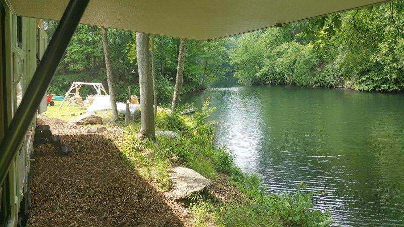 Lake hospedagens frente. The Real Deal!