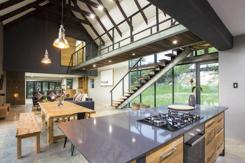 Mount High Luxury Country Lodge -   Two-Bedroom Villa, alquiler de vacaciones en Mpumalanga
