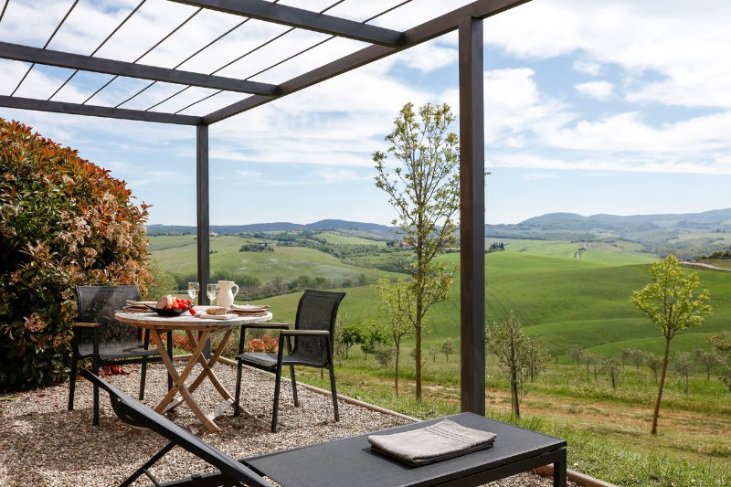 Design apartment with spectacular view. 'La dolce vita', holiday rental in Bollano