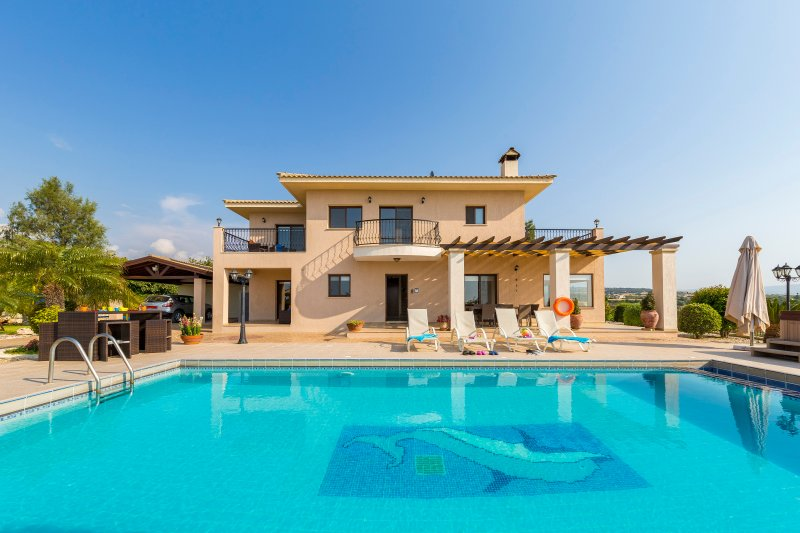AKTUALISIERT: 2019 - Villa Leni- Villa with Private Heated Pool and ...