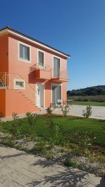 Villa RODI - Finiki Village, Finikounda, Messinia, holiday rental in Tapia