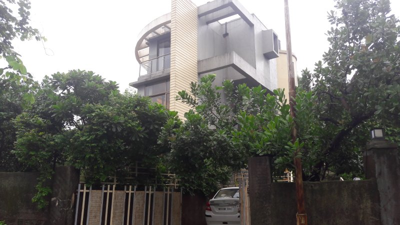 View of Villa 57 from the outside.