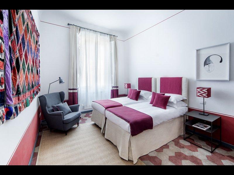 2 dormitorios con 2 camas individuales (que se pueden unir para formar una cama de matrimonio)