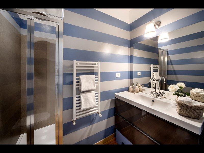 Baño 2 (con ducha)