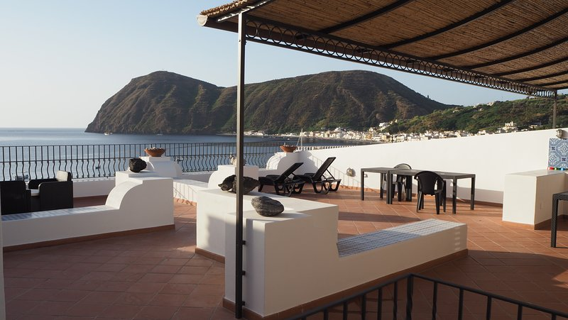 terrace sunbathing area
