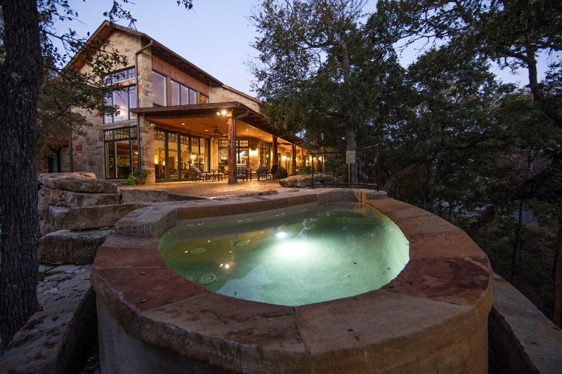 The Guadalupe Tree Haus at Joshua Creek Ranch, holiday rental in Sisterdale