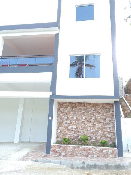 Coco Resort Ocean view house, location de vacances à Santa Barbara de Samana