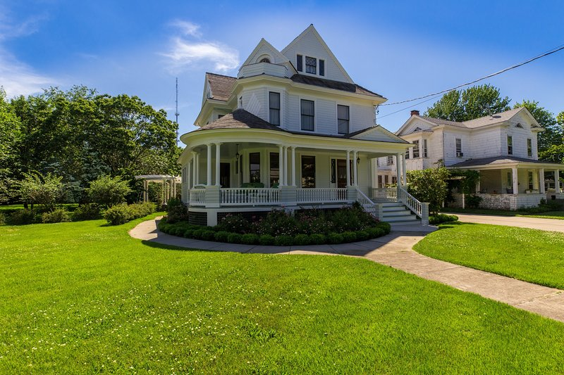 Victorian Seasons Stirling, holiday rental in Greenport