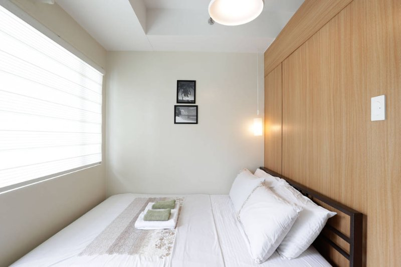 Jasmin Suite, Apartment with balcony, 2 Queen size bed, holiday rental in Pasay