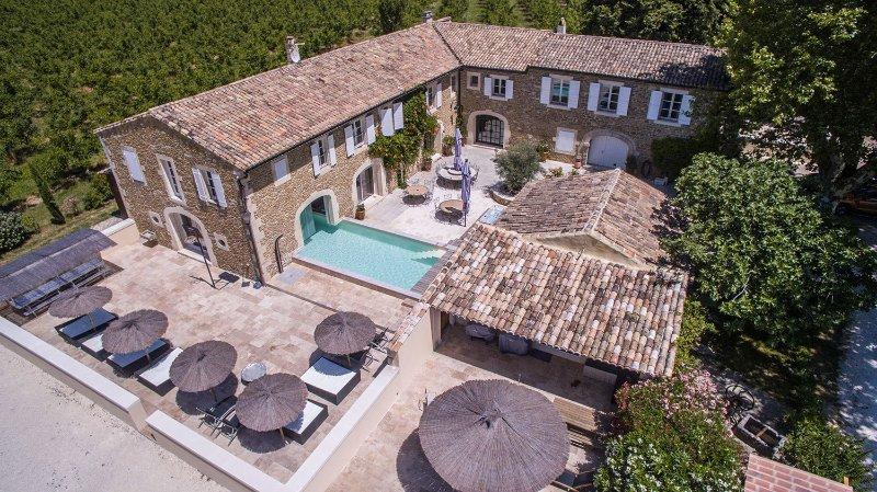Mas Loisonville en Provence à Grillon (84600), casa vacanza a Reauville