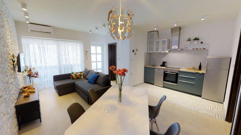 Santa Lucia **** Apartment. apartamento novo, espaçoso, luminoso e moderno em uma localização atraente.