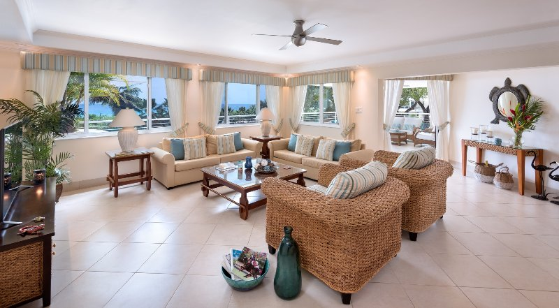 The Condominiums at Palm Beach, Unit 302, Hastings, Christ Church, Barbados, vacation rental in Bathsheba