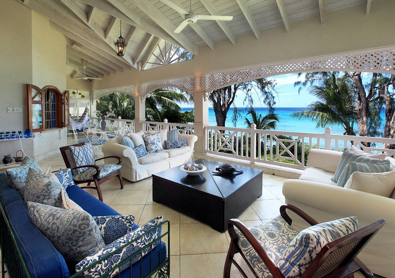 La Paloma, Fitts Village, St. James, Barbados - Beachfront, location de vacances à Saint-James